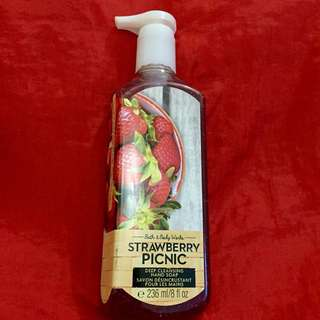 Authentic B&BW Deep Cleansing Hand Soap - Strawberry 🍓 Picnic - 236ml