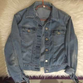 Uniqlo Crop Denim Jacket