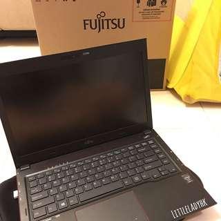 Fujitsu UH554M35 💕 手提電腦 Notebook UH554 554