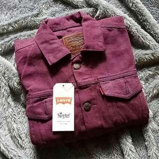Jaket levis berwarna