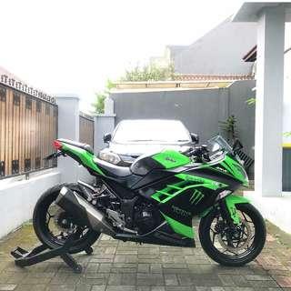 Ninja 250 FI Tahun 2013 Warna Hijau - Jakarta