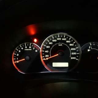 Subaru Impreza sedan speedometer led