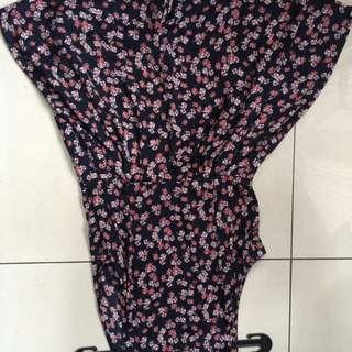 Zara flowery dress size m