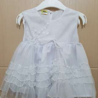 Cute white dress - used once