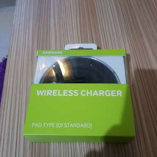 Wireless charger Samsung Pad Style