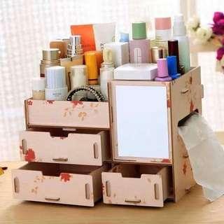 Cosmetic box small