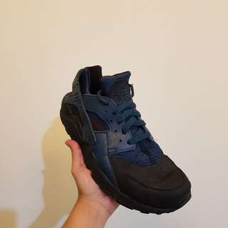 Nike Air Huarache midnight navy blue