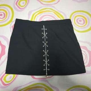 BNWT Chain lace black skirt