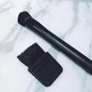 NARS Blush and Bronzer brushes