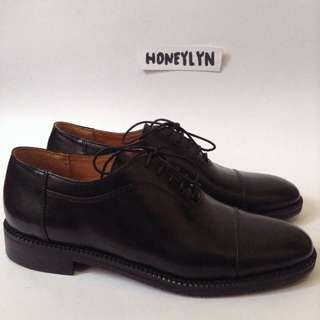 Marikina made (UK Size 9)