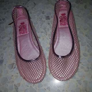 Girls Sparkly Pink Shoe