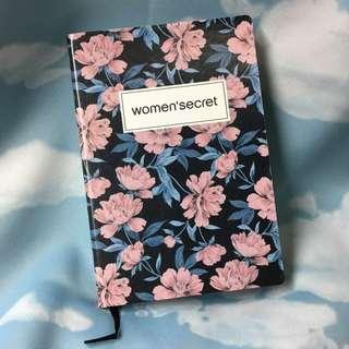 Women's secret notebook 筆記本