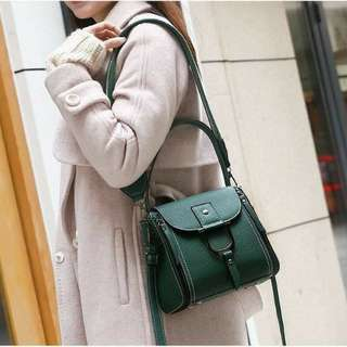 New New New 🎀💓💋  Fashion Bag 802-1Q Material Togo Quality Semi Premium Size 20x11x19 Weight 700gr  Ready 6 Colours Black. Red. Dark Purple. Brown. Green. Khaki