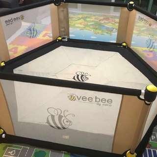 Vee Bee 6 sided play yard