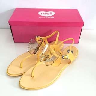 Melissa 香香鞋 巴西尺寸37,38(Mel繽紛彩蝶時尚T字夾腳涼鞋-鵝黃)