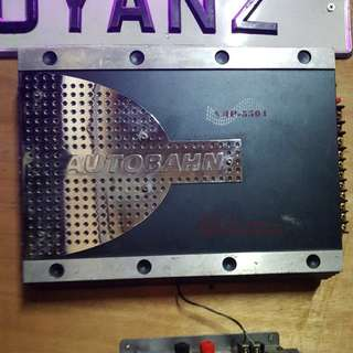 AUTOBAHN 4 ch. 400watt Car Amplifier