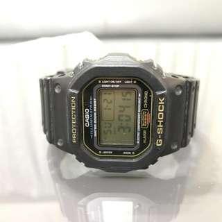 CASIO卡西欧G-SHOCK DW-5600E運動防水手錶