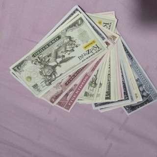Kidzos (kidzania money)