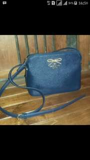 ❌Kate Spade slingbag