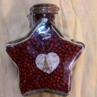 Approximate 3000 Heart Shape Seed (Sandalwood Seed) with 19cm or 7 inches tall Star Shape Glass Jar With  Free Postage
