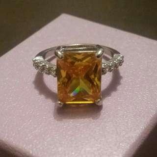EMERALD CUT CANARY DIAMOND STIMULANT DRESS RING