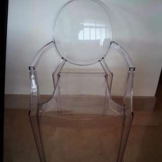 Acrylic Chair ada 10