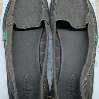 Sanuk Shoes (US size 8)