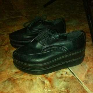 Sepatu/boots/ sepatu flatform/wedges
