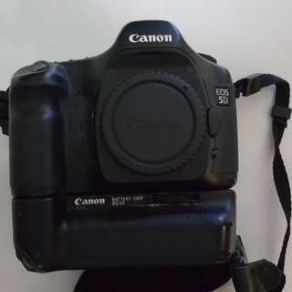 Canon 5D with battery grip BG-E4