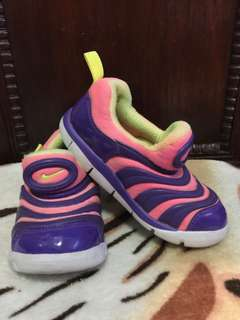 100% Authentic/Original Nike Shoes for Girls