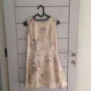 Premium Cream elegant dress floral nude cream