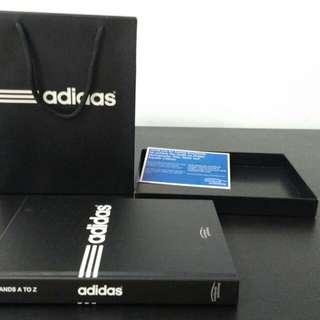 Buku Adidas
