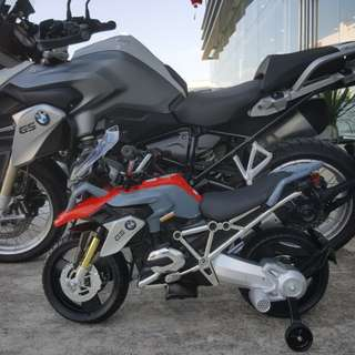 Last stock authentic bmw gs1200 r ride on bike