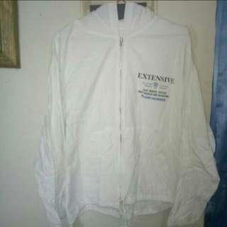 Jaket Putih