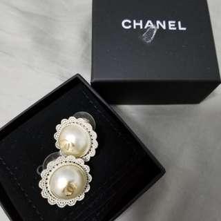 100%real Chanel 走秀款珍珠耳環