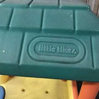 Little tikes slide / house