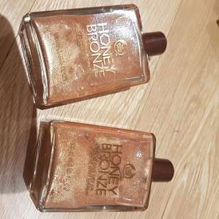 Body Shop Honey Bronze Glitter Oil Body Shimmer