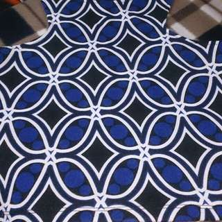 Blue sleeveless hanging top