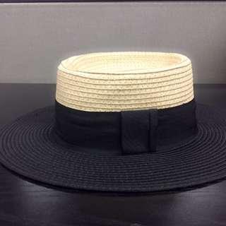Topi Pantai - H&M