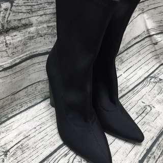 CAPE ROBBIN黑色彈性襪靴