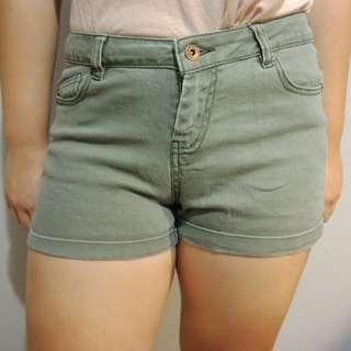 Khaki shorts