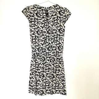 SO-EN Black Dress