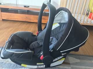 Baby Car Seat + Carrier