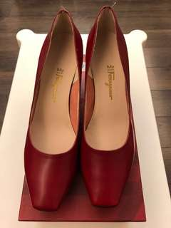 Ferragamo Red Shoes size 10, fit size 40.5-41