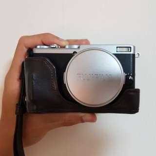Fujifilm X70 (Silver)