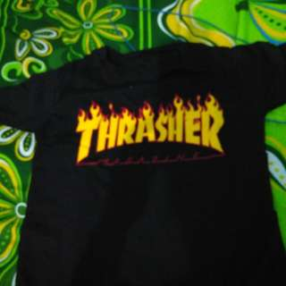 Tshirt crop trasher