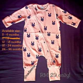 Sleepsuit Bonds Inspired (ready stock)