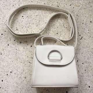 White bag BN