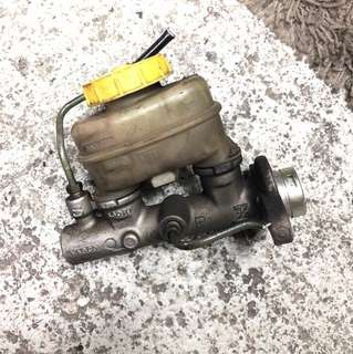 Nissan March K11 master Pump