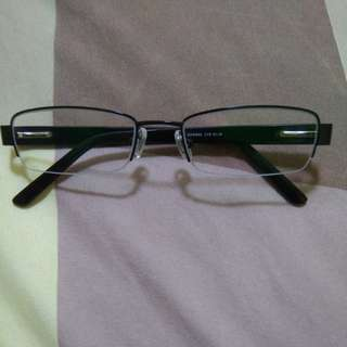 Nice spectacles / glasses for ladies